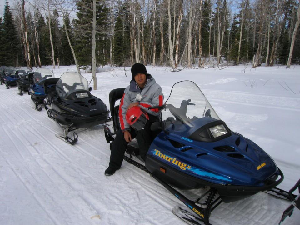 snowmobile16.jpg