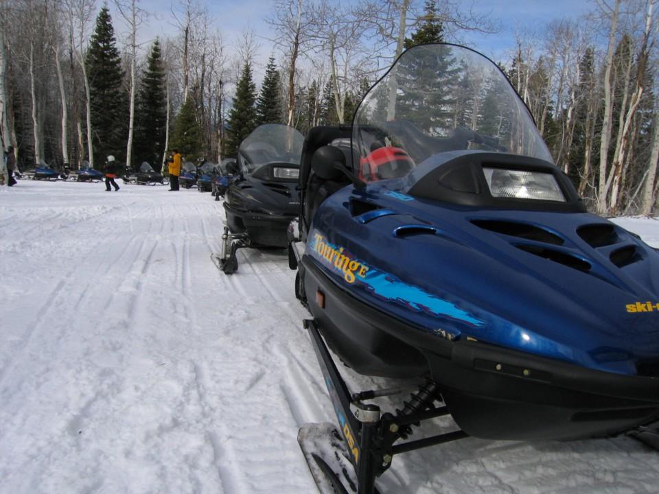 snowmobile17.jpg
